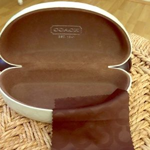 COACH  sun glass case & cloth